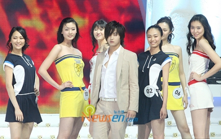 model event YS with model